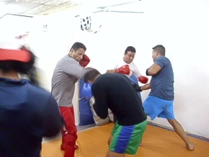 HPIM2112-img-kickboxing-tae paow-leonardo y fernando